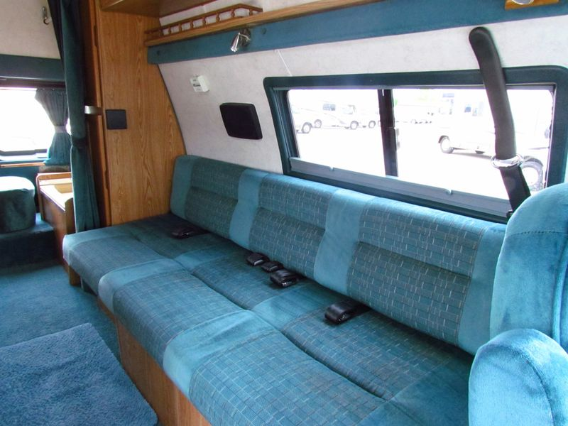 1996 Coachmen Van Camper Series M-19RB  in Sherwood, Ohio