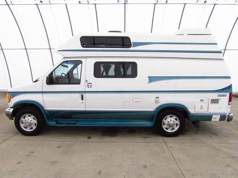 1996 Coachmen Van Camper Series M-19RB  in Sherwood, Ohio