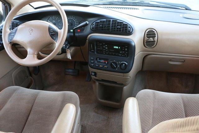 1996 Dodge Caravan SE Santa Clarita, CA 7