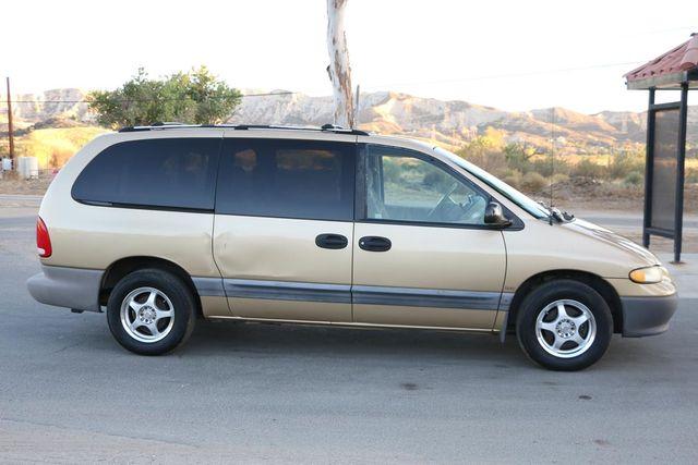 1996 Dodge Caravan SE Santa Clarita, CA 12