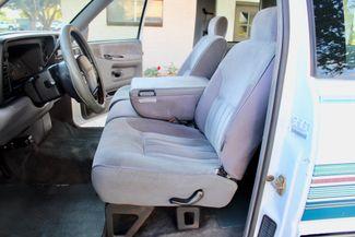 1996 Dodge Ram 2500 SLT Laramie Club Cab 5.9L 12 Valve Cummins Diesel Auto Sealy, Texas 23