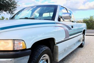 1996 Dodge Ram 2500 SLT Laramie Club Cab 5.9L 12 Valve Cummins Diesel Auto Sealy, Texas 4