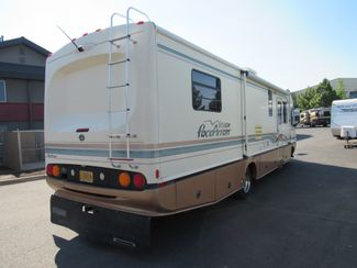1996 Fleetwood Pace Arrow 33Ft. Bend, Oregon 3