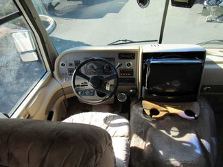 1996 Fleetwood Pace Arrow 33Ft. Bend, Oregon 6