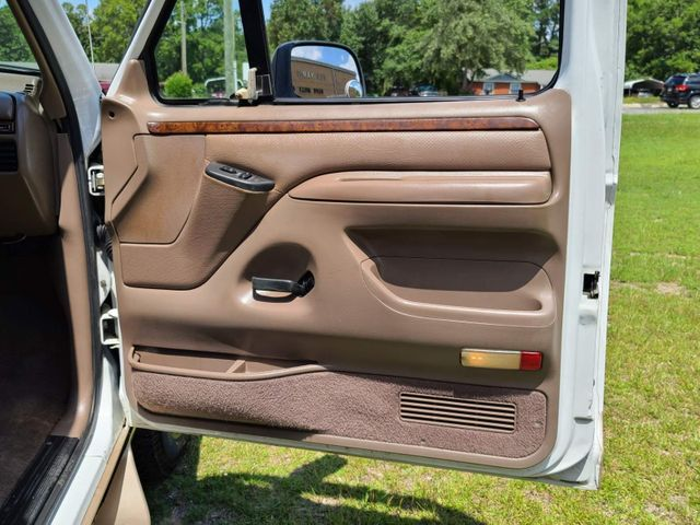 1996 Ford Bronco Eddie Bauer in Hope Mills, NC 28348