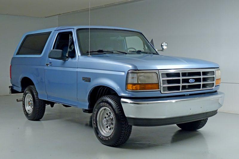 1996 Ford Bronco XL*4x4*   Plano, TX   Carrick's Autos in Plano TX
