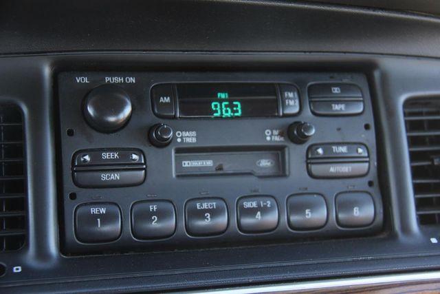 1996 Ford Crown Victoria LX Santa Clarita, CA 24