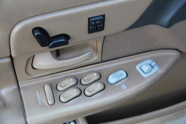 1996 Ford Crown Victoria LX Santa Clarita, CA 25