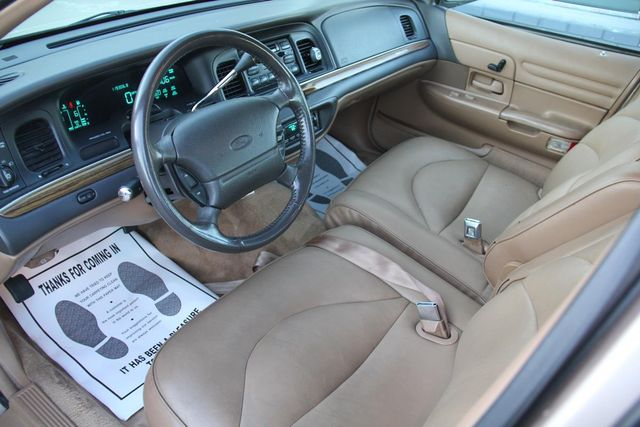 1996 Ford Crown Victoria LX Santa Clarita, CA 8