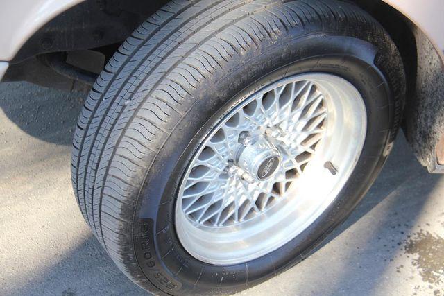 1996 Ford Crown Victoria LX Santa Clarita, CA 29