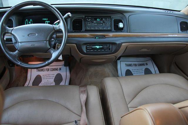 1996 Ford Crown Victoria LX Santa Clarita, CA 7