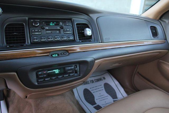 1996 Ford Crown Victoria LX Santa Clarita, CA 18
