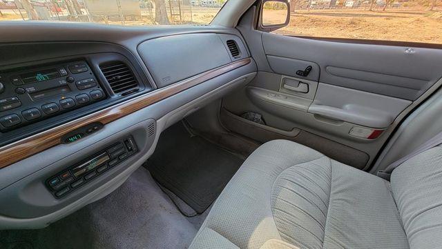 1996 Ford Crown Victoria LX Santa Clarita, CA 17
