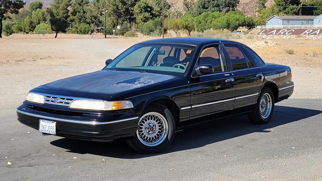 1996 Ford Crown Victoria LX Santa Clarita, CA 1