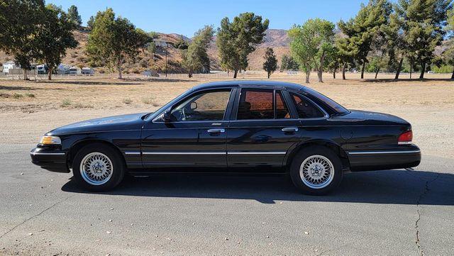 1996 Ford Crown Victoria LX Santa Clarita, CA 11