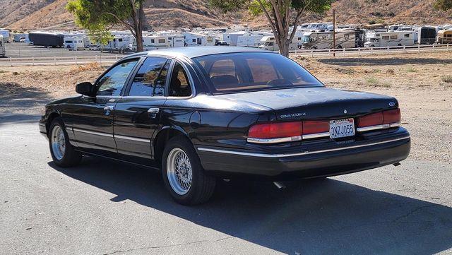 1996 Ford Crown Victoria LX Santa Clarita, CA 5