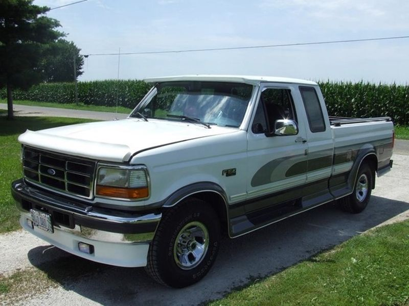 1996 Ford F-150  | Mokena, Illinois | Classic Cars America LLC in Mokena Illinois