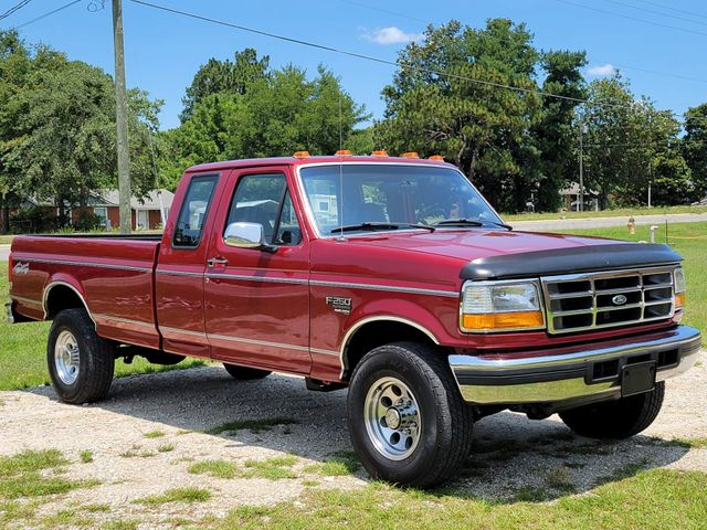 1996 Ford F-250 XLT in Hope Mills, NC 28348