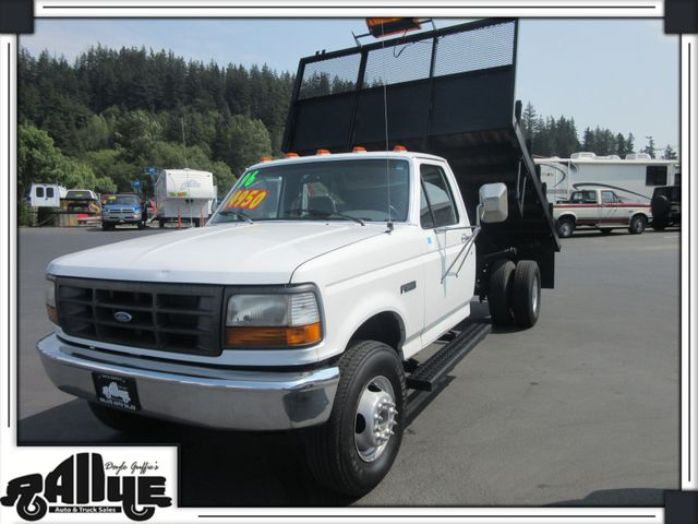 1996 Ford F450 11FT Flatbed 2WD
