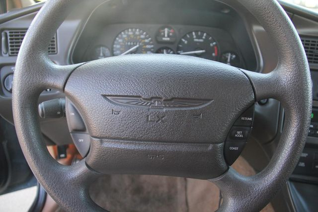 1996 Ford Thunderbird LX Santa Clarita, CA 22