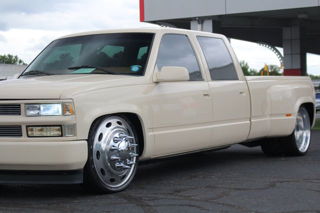 1997 Chevrolet C/K 3500 Crew Cab RWD - 2013 SEMA BUILD - AIR RIDE - BAGGED Mooresville , NC 27