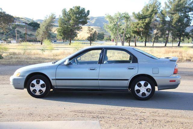 1996 Honda Accord Sdn LX Santa Clarita, CA 11