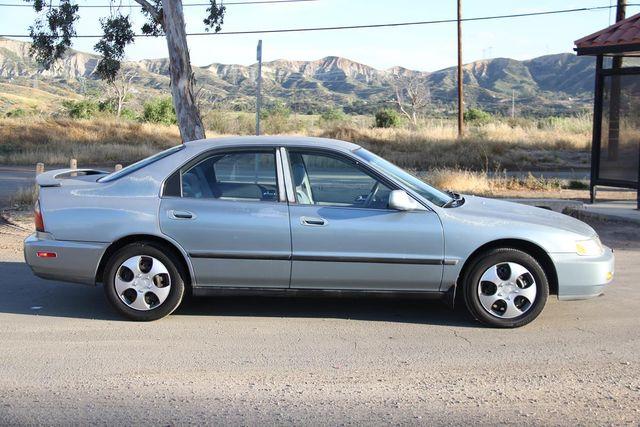 1996 Honda Accord Sdn LX Santa Clarita, CA 12