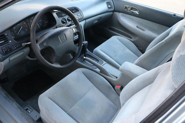 1996 Honda Accord Sdn LX Santa Clarita, CA 8