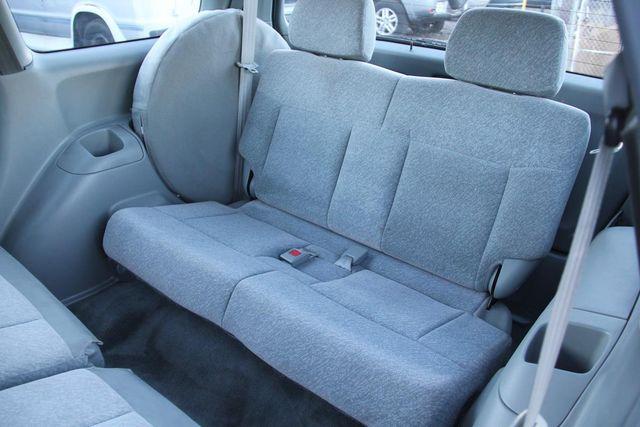 1996 Honda Odyssey LX Santa Clarita, CA 18