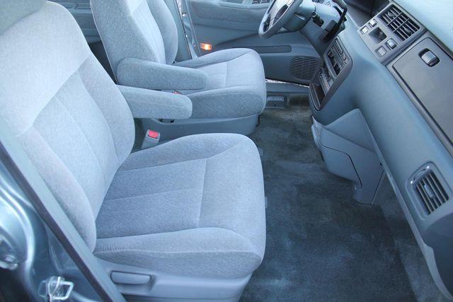 1996 Honda Odyssey LX Santa Clarita, CA 14