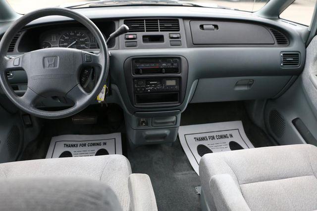 1996 Honda Odyssey LX Santa Clarita, CA 7