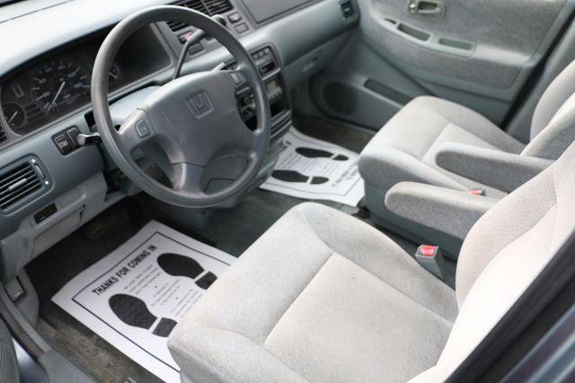 1996 Honda Odyssey LX Santa Clarita, CA 8