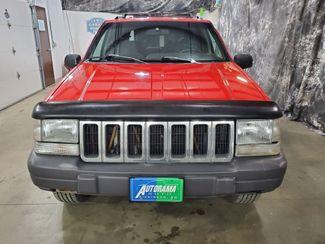 1996 Jeep Grand Cherokee Laredo  Dickinson ND  AutoRama Auto Sales  in Dickinson, ND