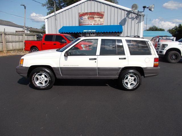 1996 Jeep Grand Cherokee Laredo Shelbyville, TN 2