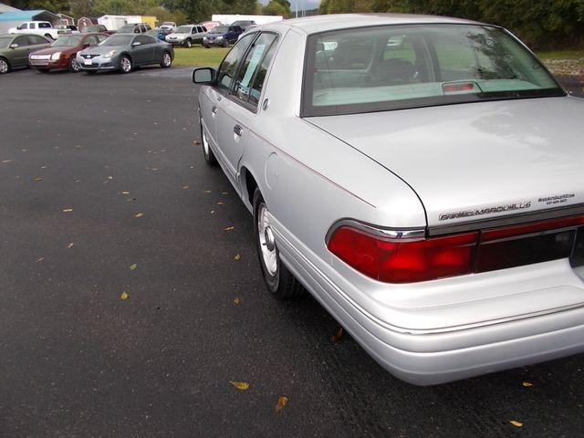 1996 Mercury Grand Marquis LS Shelbyville, TN 3