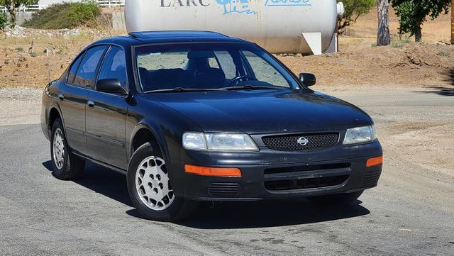 1996 Nissan Maxima GLE Santa Clarita, CA 3