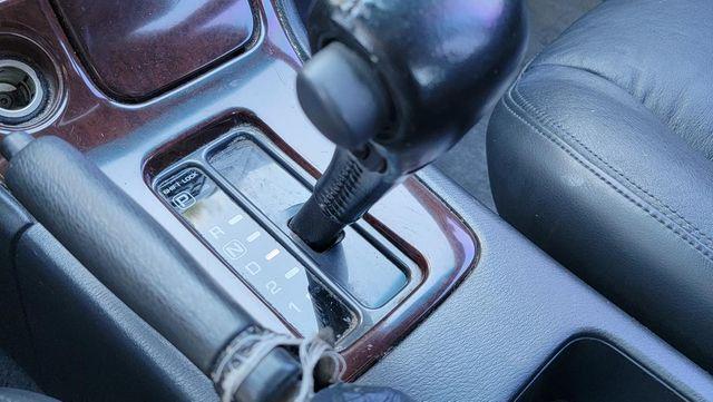 1996 Nissan Maxima GLE Santa Clarita, CA 22