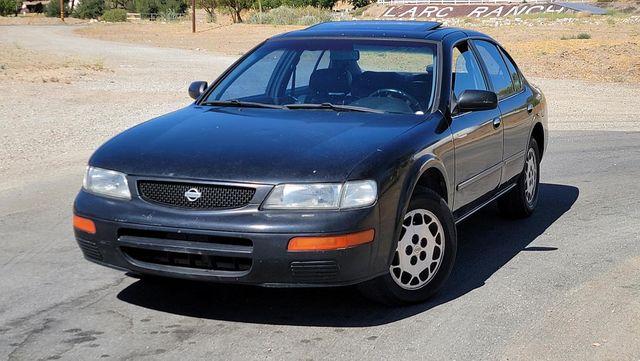 1996 Nissan Maxima GLE Santa Clarita, CA 4