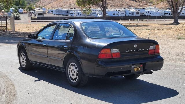 1996 Nissan Maxima GLE Santa Clarita, CA 5