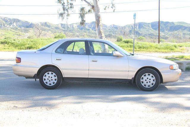 1996 Toyota Camry LE Santa Clarita, CA 12