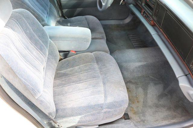 1997 Buick LeSabre Custom Santa Clarita, CA 14
