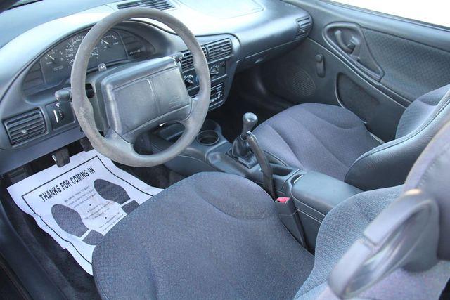 1997 Chevrolet Cavalier 5 SPEED Santa Clarita, CA 7