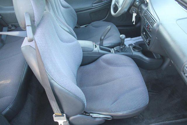 1997 Chevrolet Cavalier 5 SPEED Santa Clarita, CA 13