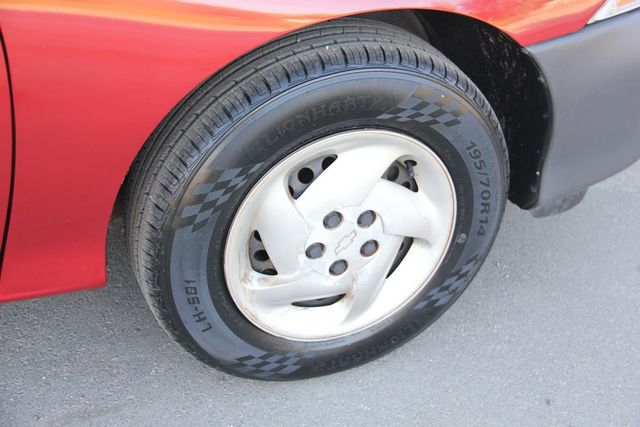 1997 Chevrolet Cavalier 5 SPEED Santa Clarita, CA 23
