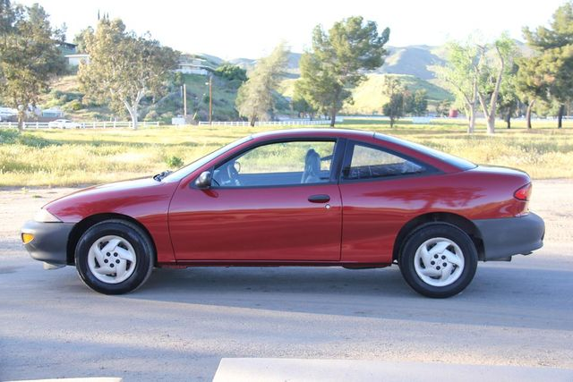 1997 Chevrolet Cavalier 5 SPEED Santa Clarita, CA 10
