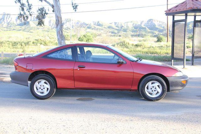 1997 Chevrolet Cavalier 5 SPEED Santa Clarita, CA 11