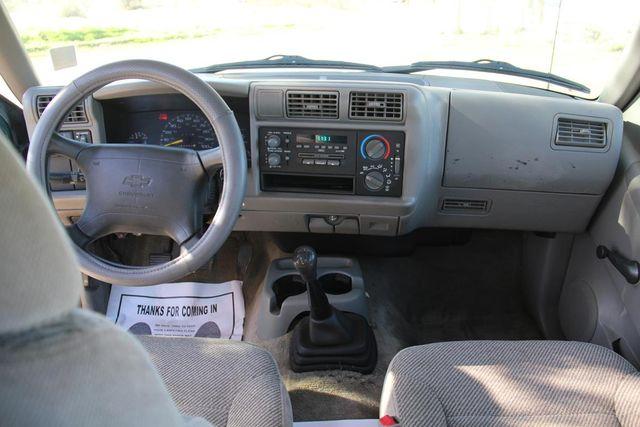 1997 Chevrolet S-10 LS Santa Clarita, CA 7