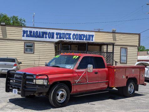 1997 Dodge Ram 3500  | Pleasanton, TX | Pleasanton Truck Company in Pleasanton, TX