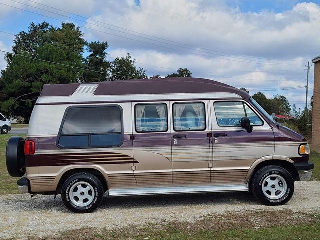 1997 Dodge Ram Van 2500 in Hope Mills, NC 28348