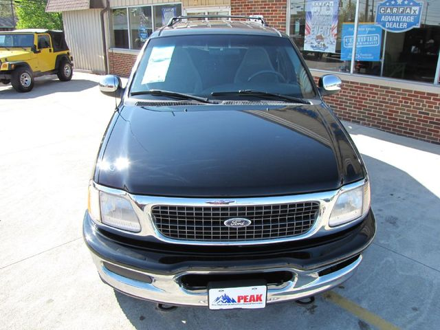 1997 Ford Expedition XLT in Medina OHIO, 44256